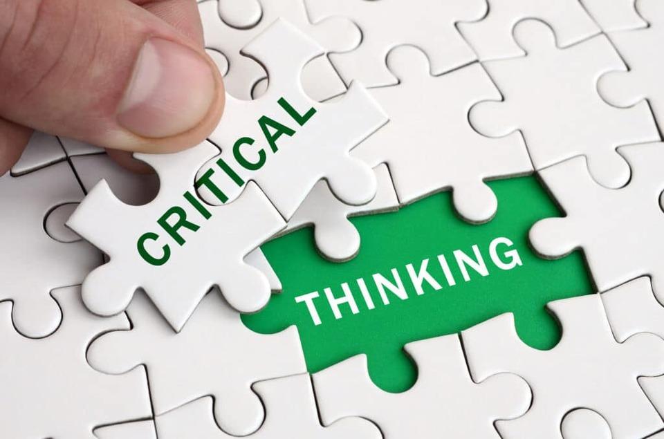 d-teach online school Cours en ligne sur la pensée critique