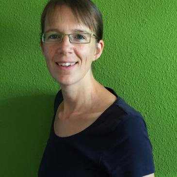 Eva-professeur en ligne d-teach online school
