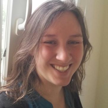 Karen professeur en ligne d-teach online school