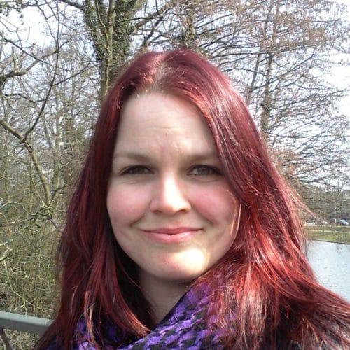 Laura online leraar Noors d-teach online school