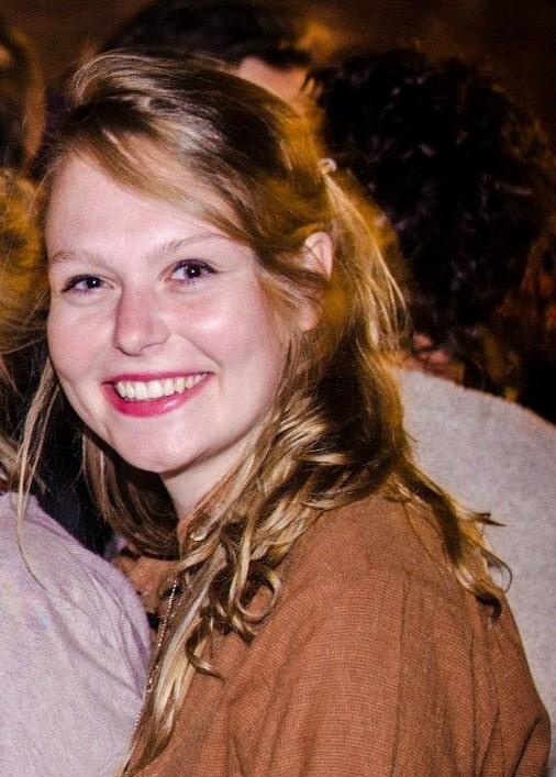 Laura online leraar d-teach online school