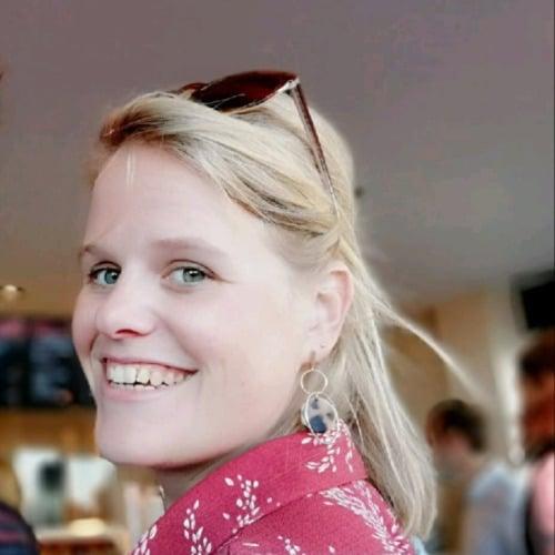 Stefanie online leraar d-teach online school